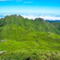 屋久島・宮之浦岳②:巨石の笹原を歩き山頂へ