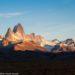 パタゴニアの名峰フィッツロイ:幻想的な朝日や夕日を見るために